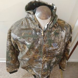 NWT MEN'S TENNESSEE TITANS CAMO HOODED JACKET